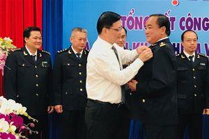 Tập thể và cá nhân Hải quan BR-VT được tặng Huân chương Chiến công