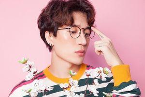Đạo thơ để sáng tác bài 'Người lạ ơi', nhạc sĩ trẻ Châu Đăng Khoa bị kiện