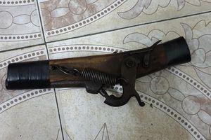 Dùng súng tự chế đi cướp ngân hàng BIDV, người đàn ông bị tóm gọn