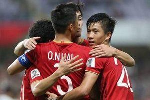 Phóng viên quốc tế so sánh cầu thủ Việt Nam và Jordan