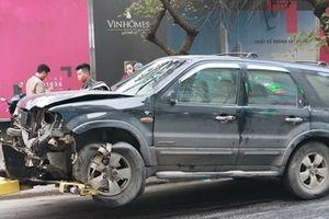 Xe điên tông liên hoàn tại Hà Nội, 1 người thiệt mạng