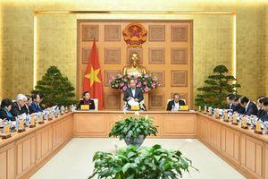 Thủ tướng Nguyễn Xuân Phúc chủ trì phiên họp Tiểu ban Kinh tế xã hội