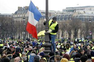 Pháp bước vào tuần biểu tình thứ 10 liên tiếp, 80.000 nhân viên an ninh được huy động