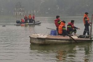 Hà Nội: Nam thanh niên bỗng nhiên đuối nước tại Hồ Hoàn Kiếm