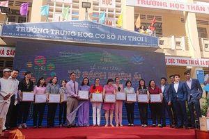 Trao hơn 13.300 cuốn sách cho học sinh huyện đảo Phú Quốc