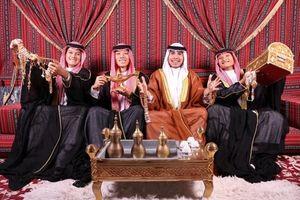 'Hoàng tử Ả Rập' Đức Huy mừng sinh nhật theo phong cách quý tộc khiến fan thích thú