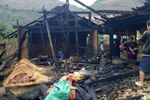 Nóng trên mạng xã hội: Chồng tẩm xăng đốt vợ, 5 con mồ côi mẹ