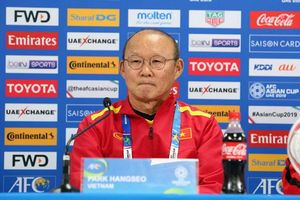 HLV Park Hang Seo: 'Đừng nghĩ tuyển Việt Nam chỉ biết phòng ngự'