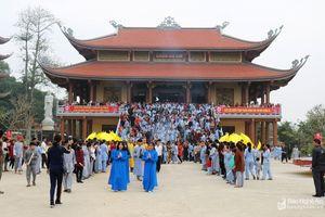 Hàng nghìn người về dự lễ khánh thành, an vị tượng Phật tại chùa Cổ Am