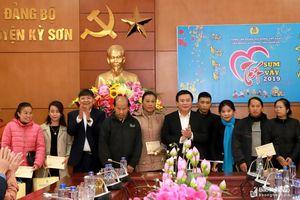 Bí thư Trung ương Đảng Nguyễn Xuân Thắng dự chương trình 'Tết sum vầy' tại Kỳ Sơn