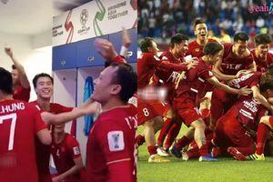 Chiến thắng trước Jordan, đội tuyển Việt Nam quẫy tung cả phòng thay đồ vì nghẹn ngào hạnh phúc