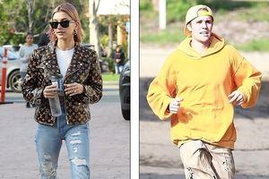 Vợ Justin Bieber khoe eo thon với crop top sành điệu khi đi dạo phố