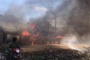 Giáp tết, 3 ngôi nhà bị cháy rụi