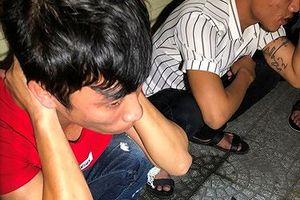 'Quả đấm thép' phát hiện 14 thanh niên phê ma túy trong taxi