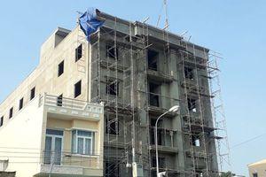 An Giang: 3 công nhân rơi từ tòa nhà đang xây, 2 người tử vong