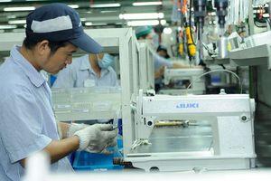 Địa phương cam kết cải thiện mạnh mẽ môi trường kinh doanh