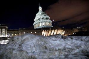 Gió mạnh ở Bắc Cực kéo theo giá lạnh nguy hiểm đến Trung Tây và New England của Mỹ
