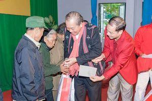 Phó Thủ tướng Trương Hòa Bình thăm, tặng quà Tết tại Quảng Trị và Thừa Thiên Huế