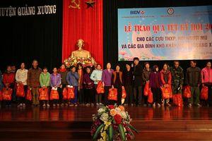 Thanh Hóa: Trao tặng quà Tết cho cựu TNXP, người mù và gia đình khó khăn