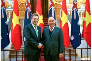 Thủ tướng Nguyễn Xuân Phúc tiếp Chủ tịch Thượng viện Australia