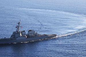 Nghị sĩ Nga 'đuổi khéo' tàu Mỹ khỏi Biển Đen