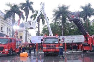 Chiêm ngưỡng dàn xe chữa cháy hiện đại vừa được tiếp nhận tại Việt Nam