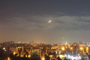Israel mở đợt bắn phá vào các mục tiêu Iran ở Syria