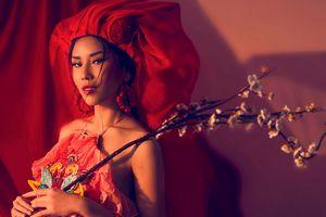 Á hậu Nguyễn Thị Loan ma mị, cuốn hút trong bộ ảnh chào xuân