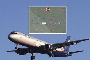Máy bay chở khách của Nga hạ cánh khẩn cấp do bị không tặc