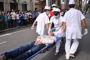 Bác sĩ chỉ ra sai lầm trong cách cấp cứu nạn nhân tai nạn giao thông chẳng khác nào làm hại họ
