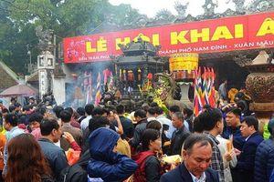 16 camera giám sát lễ hội khai ấn đền Trần Xuân Kỷ Hợi