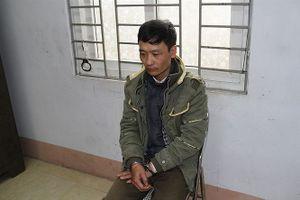 Lào Cai: Bố va chạm giao thông, bé trai 4 tuổi bị chém tử vong