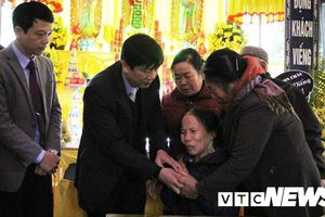 Vợ nạn nhân chết trong tai nạn ở Hải Dương: 'Tết đến nơi rồi, nhà người ta đoàn tụ, nhà mình thì tan nát'