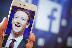 Quảng cáo độc hại, lừa đảo tràn lan Facebook ở Việt Nam