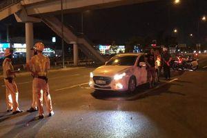 Nữ tài xế say sỉn gây tai nạn định bỏ chạy ở Sài Gòn