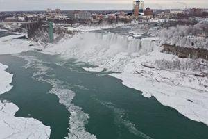 Thác Niagara hóa xứ sở băng giá