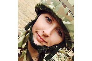 Nữ quân nhân say rượu tấn công tình dục nam lính canh
