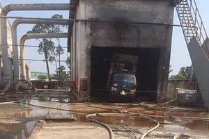 Bình Dương: Cháy xưởng chứa dăm bào Công ty MOASH ENTERPRISE Việt Nam