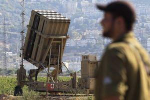 Lo Syria đáp trả, Israel triển khai 'Vòm sắt' để đối phó