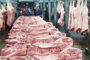 Nguy cơ mất an toàn thực phẩm ở chợ đầu mối dịp tết