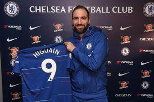 Chelsea chính thức giành được ngôi sao Higuain