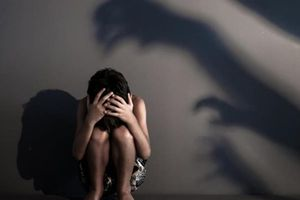 Nhờ trông nhà, nam thanh niên hiếp dâm bé gái 9 tuổi