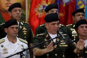 Quân đội Venezuela nói gì khi Mỹ chỉ định Tổng thống thứ hai cho đất nước?