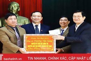 Nguyên Chủ tịch nước Trương Tấn Sang chúc tết Đảng bộ, nhân dân Đức Thọ