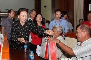 Chủ tịch Quốc hội Nguyễn Thị Kim Ngân làm việc tại tỉnh Hậu Giang