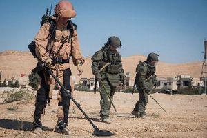Sau thử nghiệm ở Syria, Nga trang bị khung xương trợ lực cho xạ thủ súng máy và chống tăng