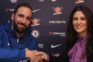Gonzalo Higuain gia nhập Chelsea theo dạng cho mượn đến hết mùa