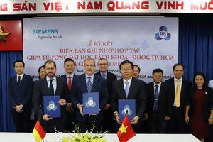 Siemens hỗ trợ Trường ĐH Bách Khoa TPHCM phát triển Phòng Thí nghiệm công nghiệp 4.0