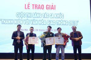 Trao giải cuộc thi sáng tác 'Thanh niên với văn hóa giao thông' năm 2018