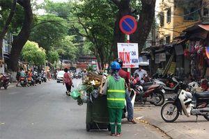Hơn 1.900 công nhân sẵn sàng tăng ca để xử lý lượng rác thải trong những ngày cận Tết